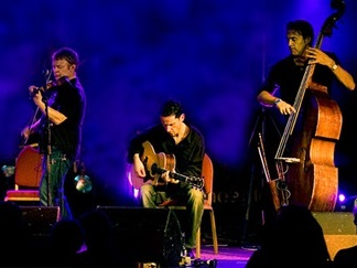 Lúnasa - final tickets remaining