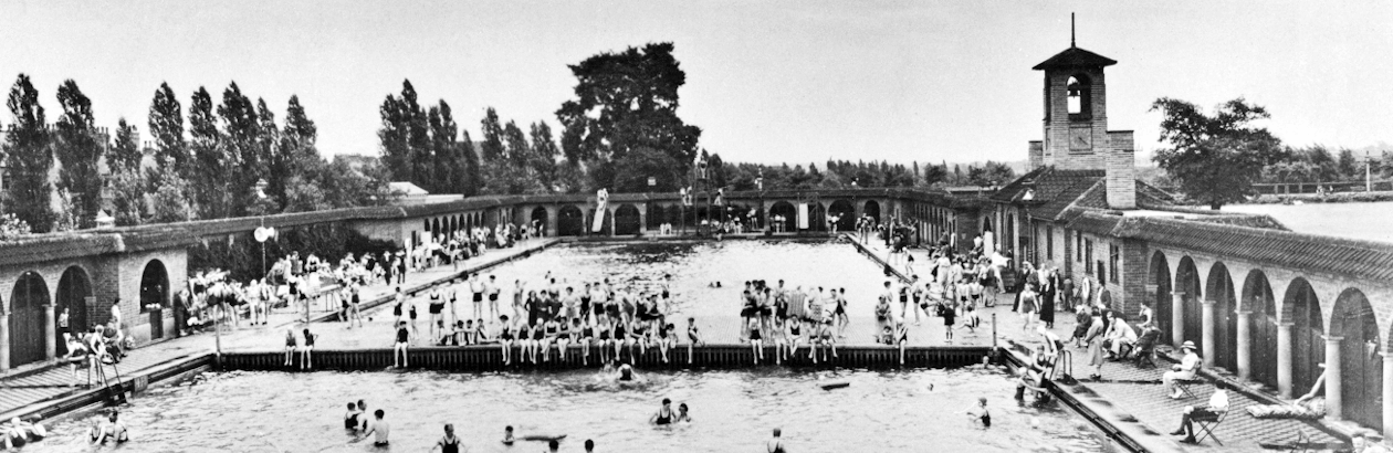 Archive image of Highfields Lido