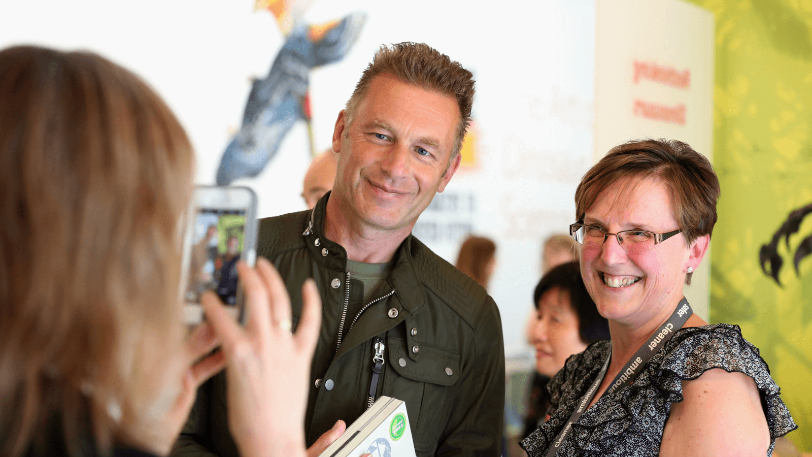 Chris Packham opening the Dinosaurs of China exhibition